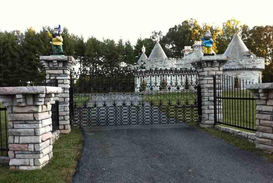 Castle Looking Home In Alpharetta Milton